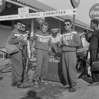 Coca Cola drinkende deelnemers Olympische Spelen