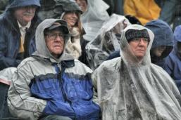Sports_fans_in_rain.jpg