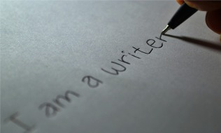 writer-605764_960_720.jpg
